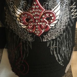 Accessories - Women's Hat